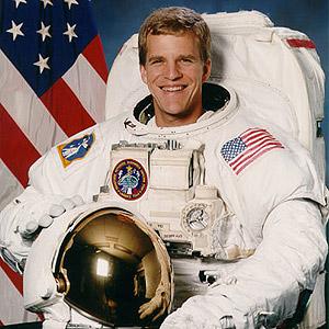 Scott E. Parażyński - Naukowiec i astronauta
