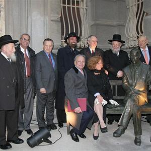 Jan Karski monument in Manhattan