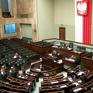 Petycja Niezależnego Forum Akademickiego do Sejmu i Rządu RP w sprawie dyskryminacji obywateli polskich przy rekrutacji pracowników naukowych