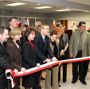 P-SFUK otwiera oddział w Garfield; planuje otwarcie oddziału na Maspeth (Queens, NY) i w Trenton (NJ) do końca tego roku.