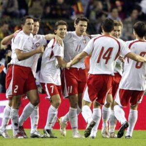 """Hymn polskich kibicow na Euro 2008 - \""""Białoczerwoni\"""""""
