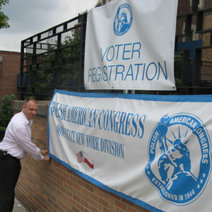 Polish American Congress Voter Drive Continues in Queens