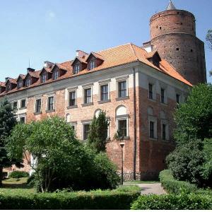 Zamek w Uniejowie - Rezydencja Jarosława Bogorii