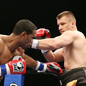 Adamek wraca na ring 8 września