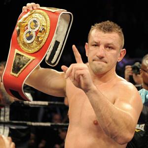 Tomasz Adamek pokonał przez nokaut Amerykanina Travisa Walkera