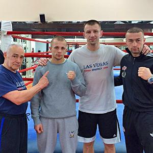 Młodzi polscy pięściarze z wizytą na treningu u Adamka