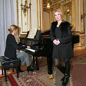 Edyta Kulczak i Kathryn Olander w koncercie walentynkowym dla Polonii w Nowym Jorku. Fot. nowyjork.msz.gov.pl