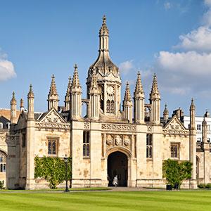 """Uniwersytet w Cambridge poszukuje wykładowcę \""""studiów polskich\"""""""