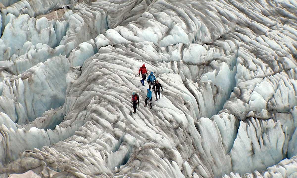 """""""Szczyt wysiłku"""" - narty, wspinaczka, góry... Foto: GADsarl"""