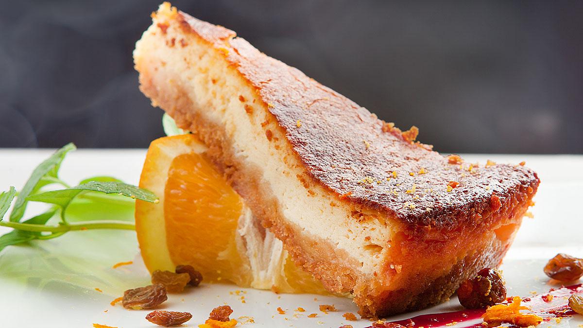 Przepis na sernik pomarańczowo-waniliowy na święta wielkanocne
