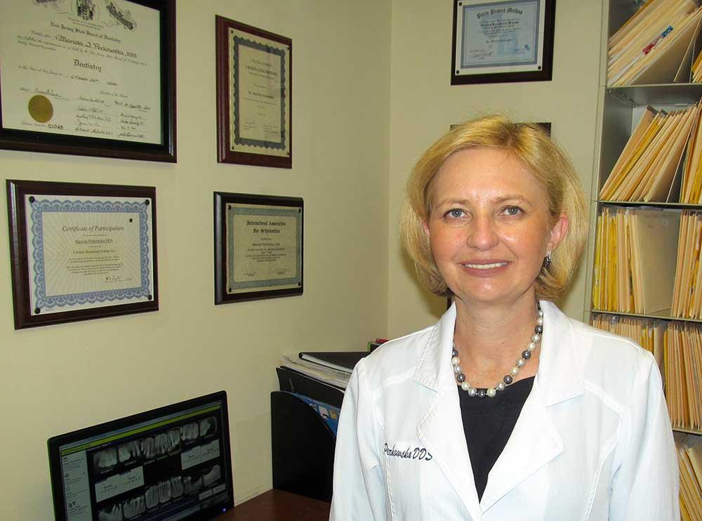 Mariola Perkowska DDS - polski dentysta dla całej rodziny w Clifton, NJ