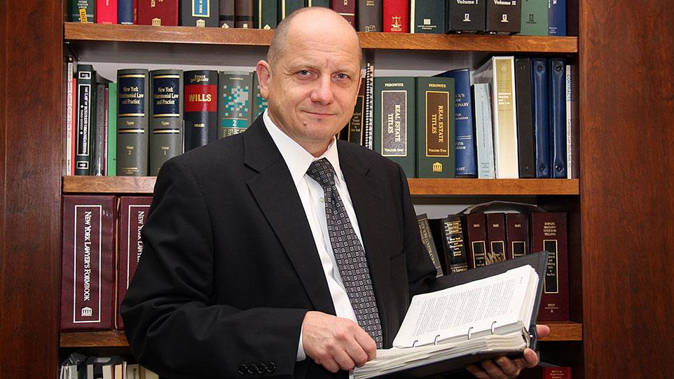 Przygotowanie testamentu, spadek i dziedziczenie majątku w USA - adwokat Romuald Magda