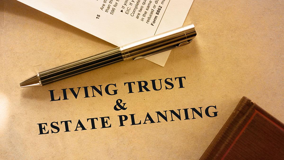 Trust. Jak działa umowa wyjaśnia adwokat Romuald Magda
