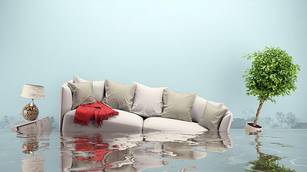 Jak ubezpieczyć dom? Błędy najczęściej popełniane przy zgłaszaniu szkody ubezpieczalni