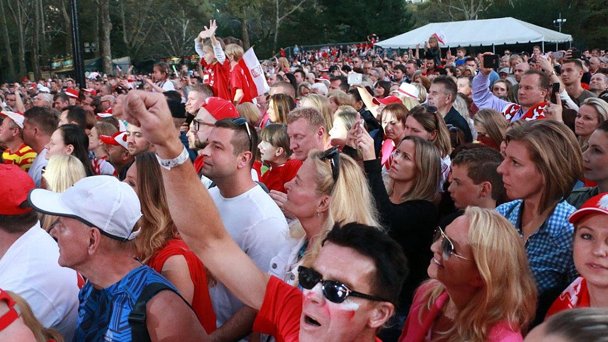 Tysiące Polaków na koncercie w Central Park w Nowym Jorku. Zdjęcia cz. 2/2