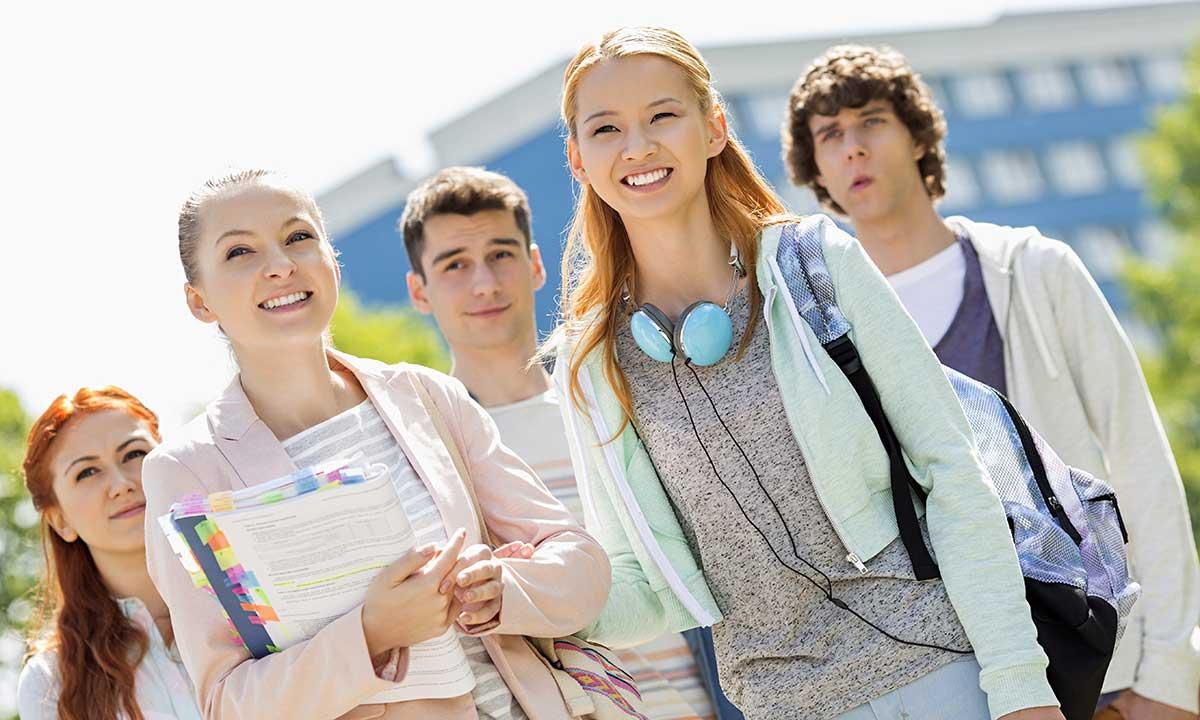 "Stypendia dla studentów ""Polonia of Long Island"". Scholarship for Polish Students in NY"
