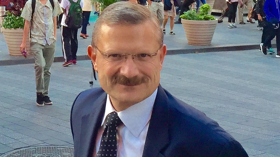 Dariusz Nasiek, MD - Polski lekarz leczenia bólu z NJ