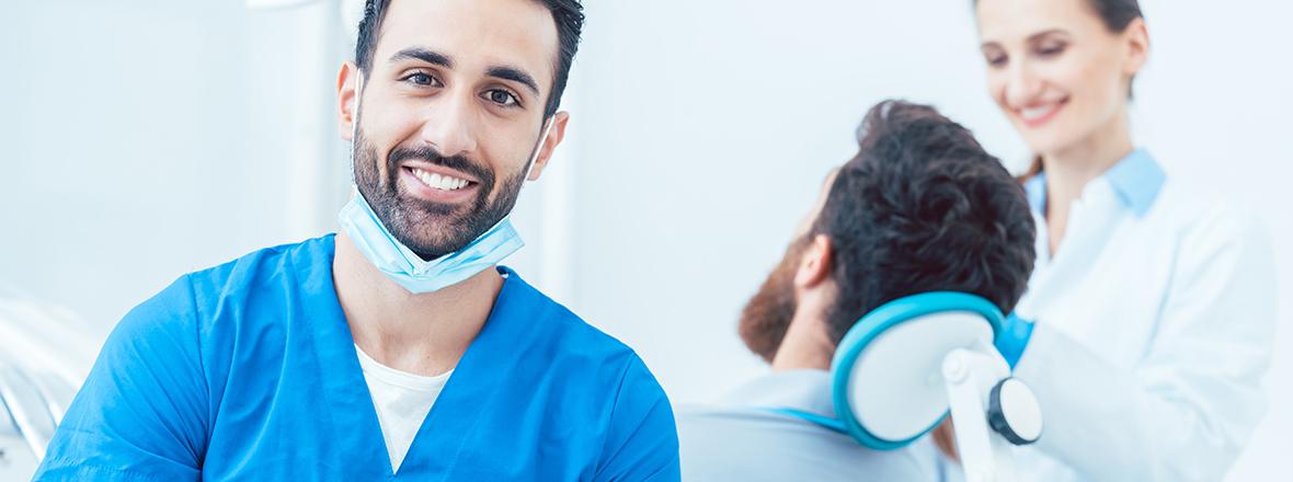 Gabinet dentystyczny otwarty w Nowym Jorku w niedzielę. Dentyści przyjmują na Greenpoincie