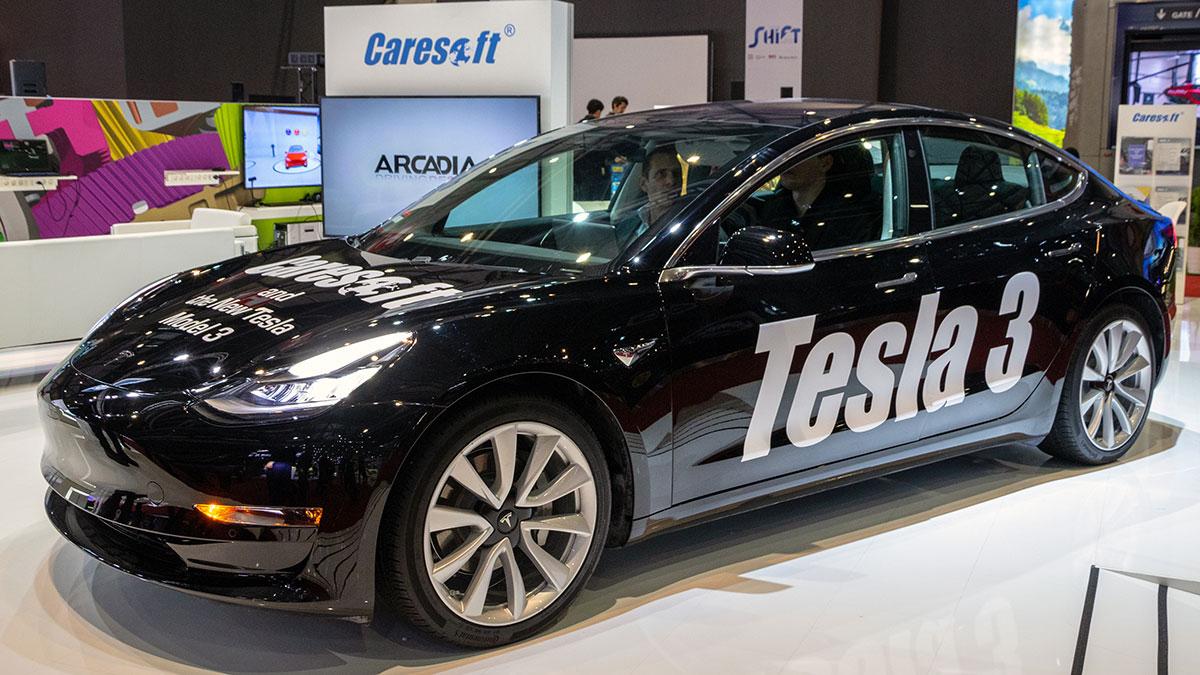 Tesla Model 3 electric car showcased at the 88th Geneva International Motor Show. Foto: VDW