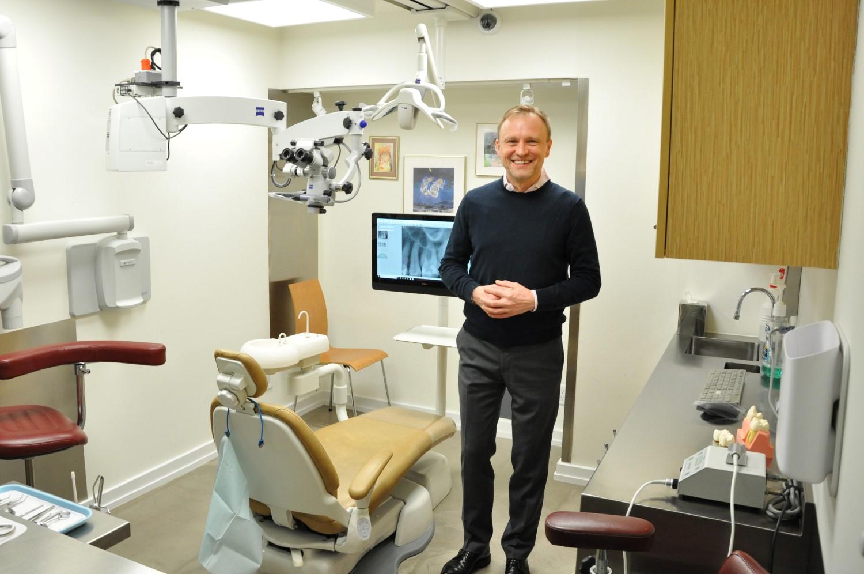 Cezary Mitrut DMD, polski dentysta - endodonta przyjmuje na Astorii i Manhattanie