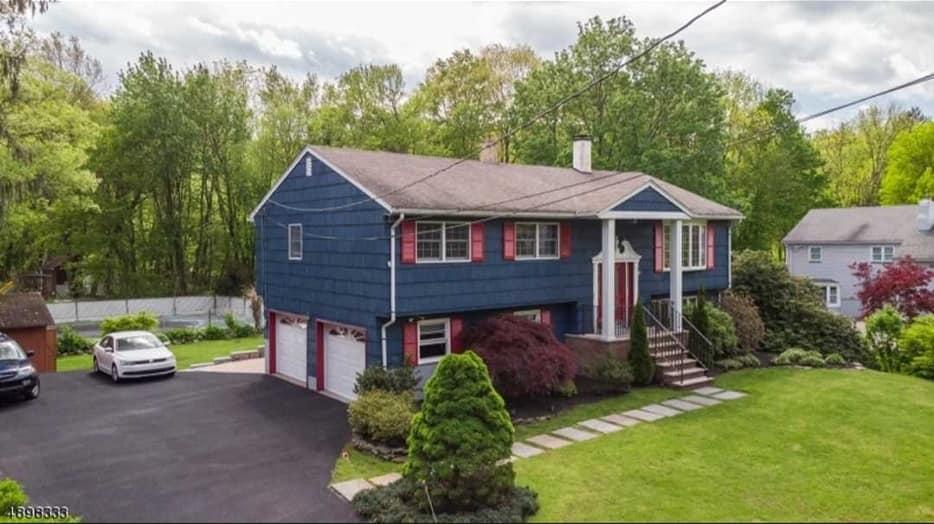 Kup dom w Kinnelon, NJ: Open House, 26 maja 1-4pm