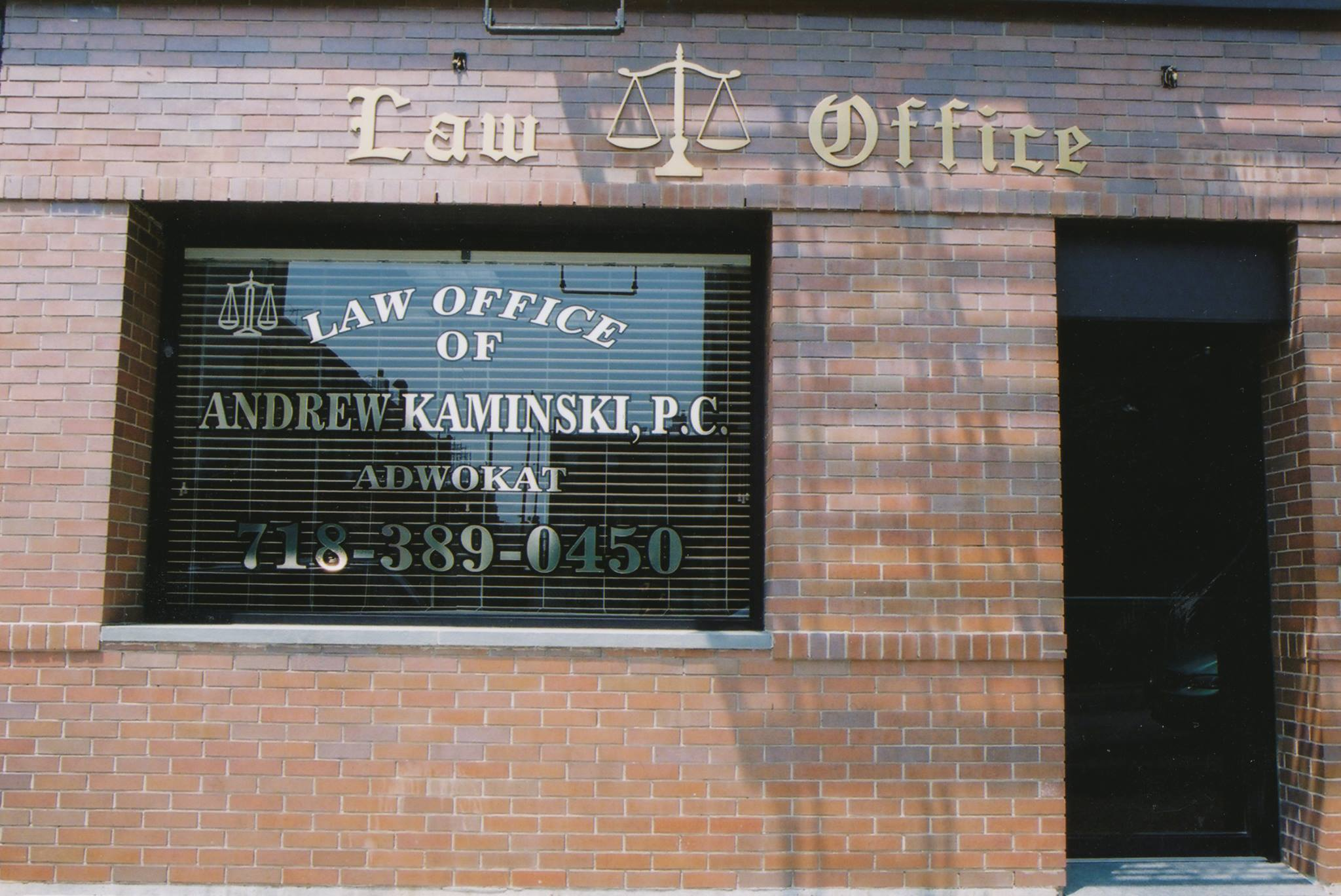 Polski adwokat na sprawy kryminalne, aresztowania za pobicia, napady, wykroczenia drogowe w Nowym Jorku