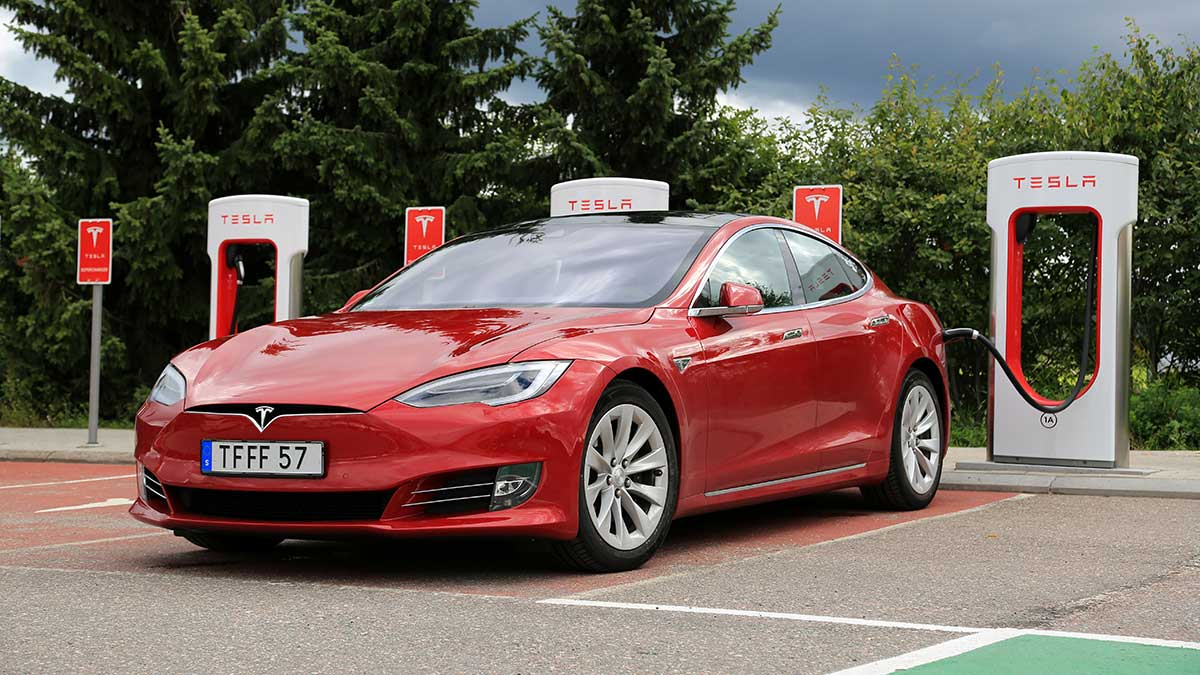 W USA samochody: sprzedaż, naprawa, rejestracja i transport aut do Polski...