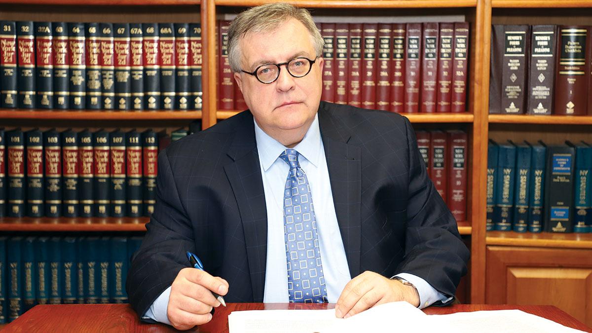Robert Wiśniewski - adwokat prawa pracy w USA zaprasza do nowego biura w NYC