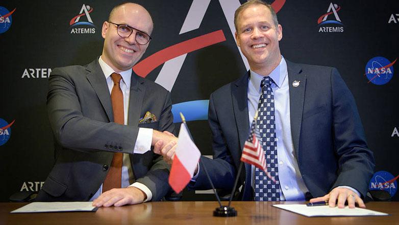 NASA i Polish Space Agency będą współpracować w związku z planami powrotu człowieka na Księżyc