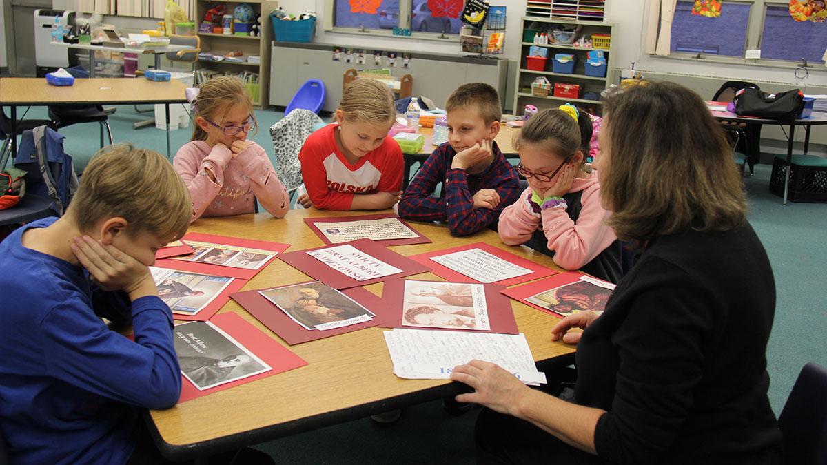 Wszystkich Świętych w polskiej szkole w Lakewood, NJ