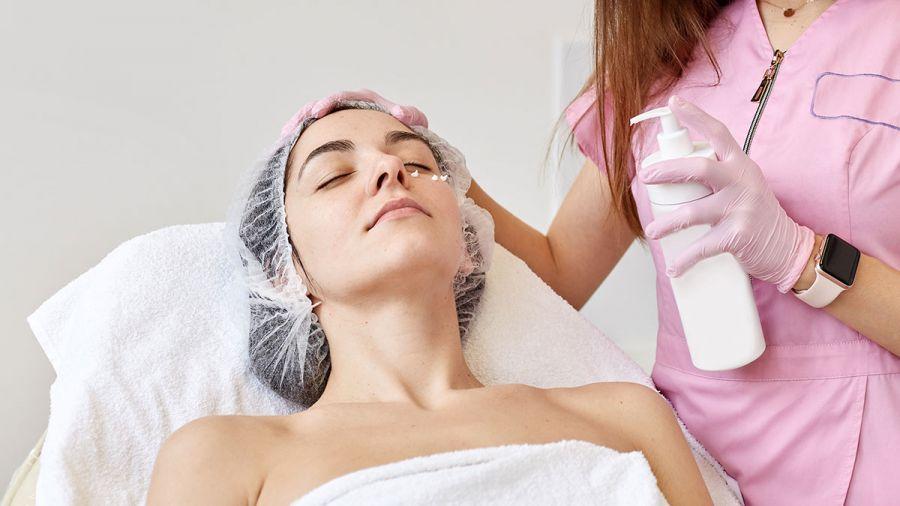 Odnowa skóry po lecie - peeling chemiczny