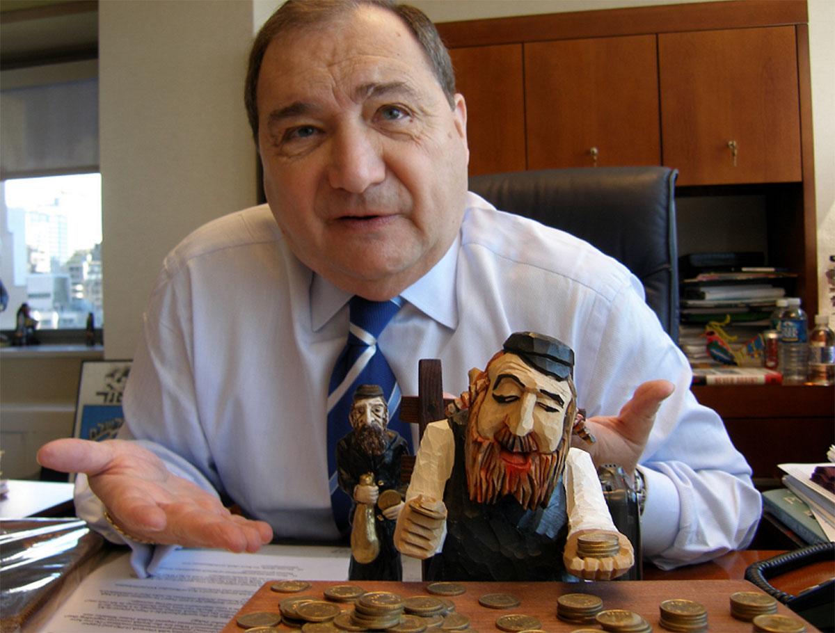 Abraham Foxman: Gratuluję sieci handlowej OBI walki z antysemityzmem