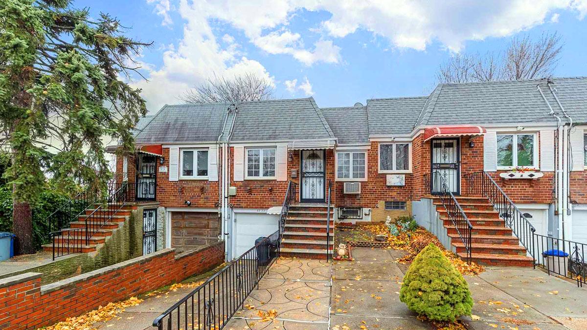 Dom na sprzedaż w Middle Village, NY - Open House w sobotę i niedzielę!