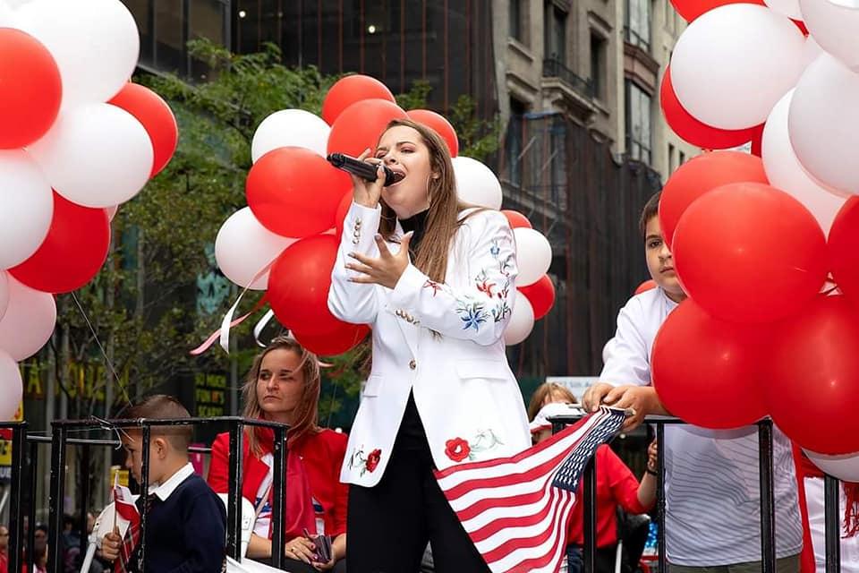"""Lauretka nagrody PSFCU, Natalia Kawalec w """"The Voice Kids"""" na antenie TVP 2 w NY i IL"""