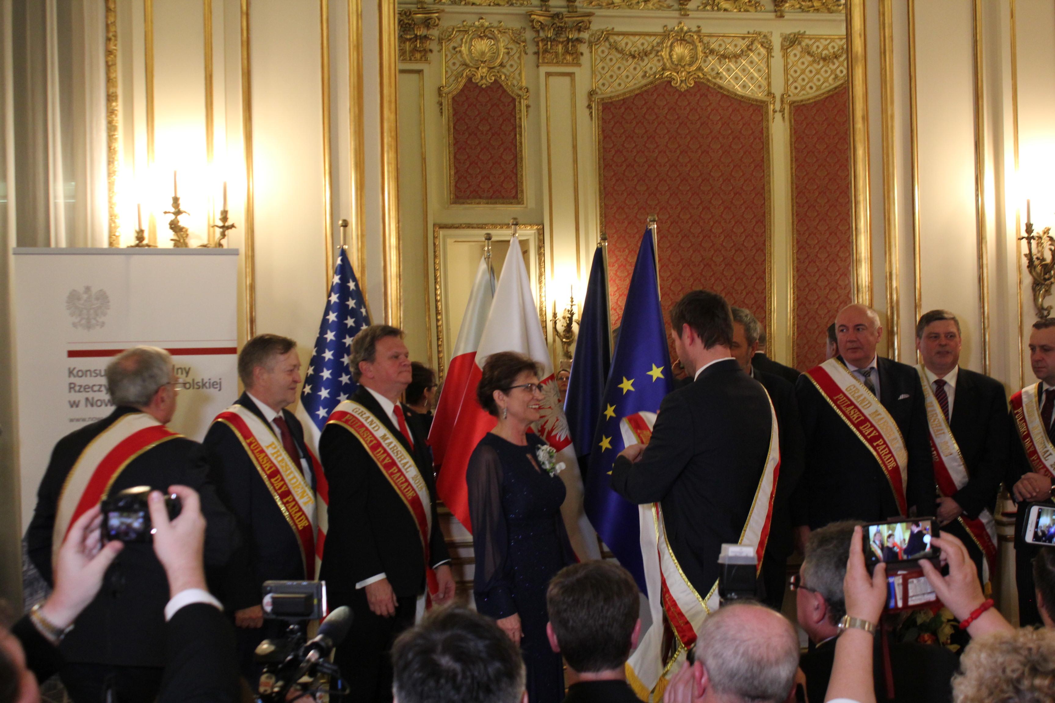 Ceremonia szarfowania Wielkiego Marszałka Parady Pułaskiego 2020