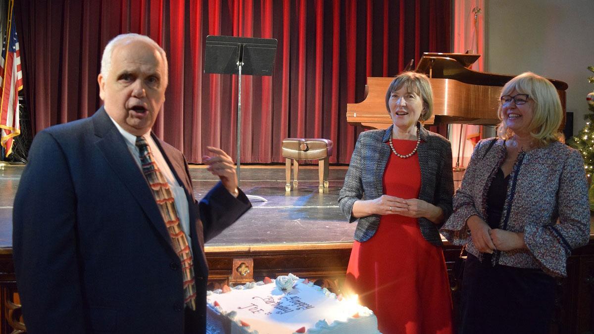 Assemblyman Joseph R. Lentol spotkał się z nowojorską Polonią