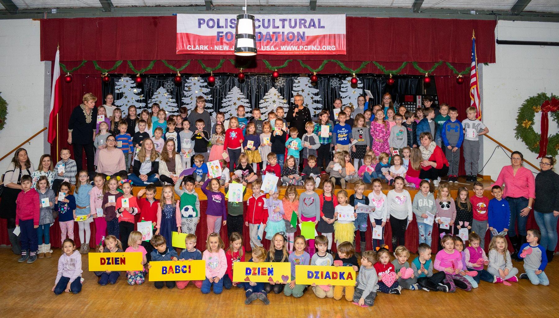 Polonijne dzieci obchodziły Święto Babci i Dziadka w Clark, NJ