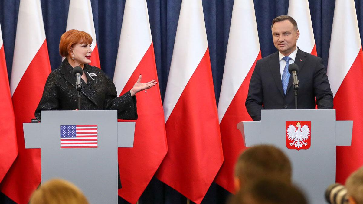 20 tys. Polaków już uzyskało autoryzację wyjazdu do USA bez wizy