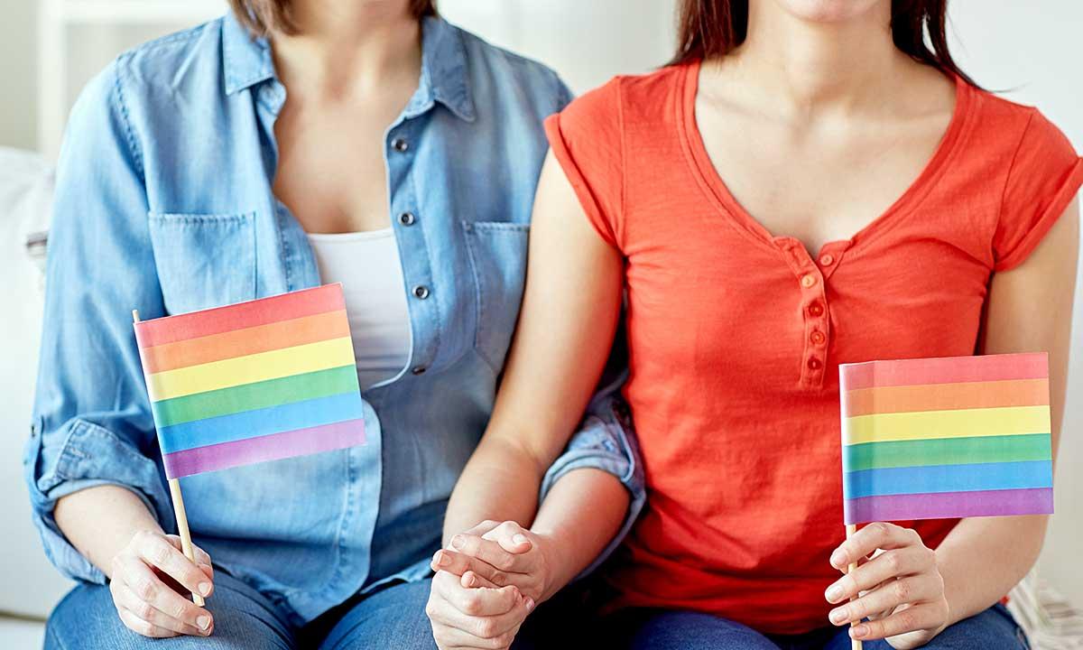 Ideologia LGBT poróżniła radnych francuskich i polskich miast