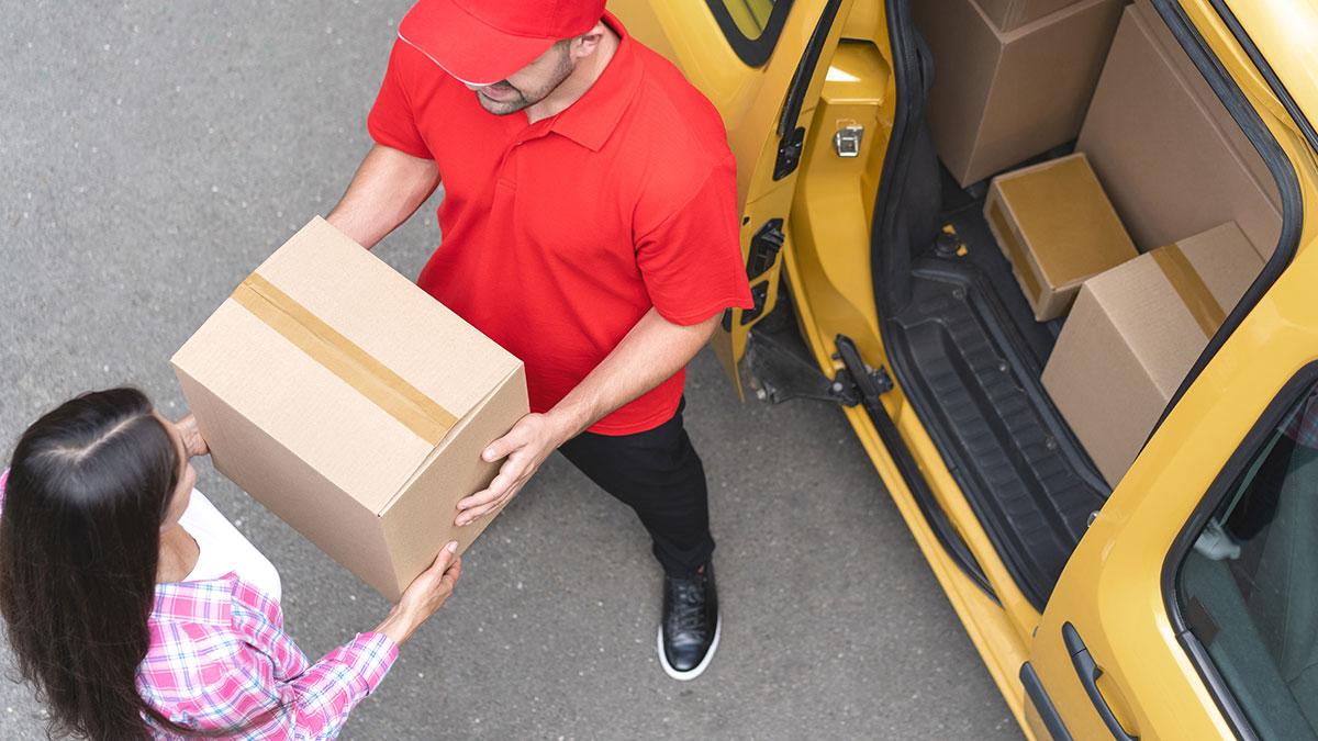 Twoja paczka z USA do Polski dostarczona na Wielkanoc przez Polonez Parcels Service