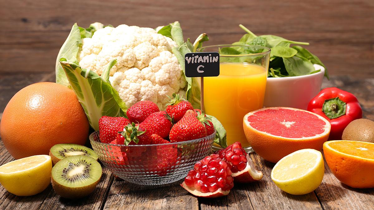 Witaminy, mikroelementy, woda i zdrowa dieta na wzmocnienie organizmu czyli profilaktyka antywirusowa
