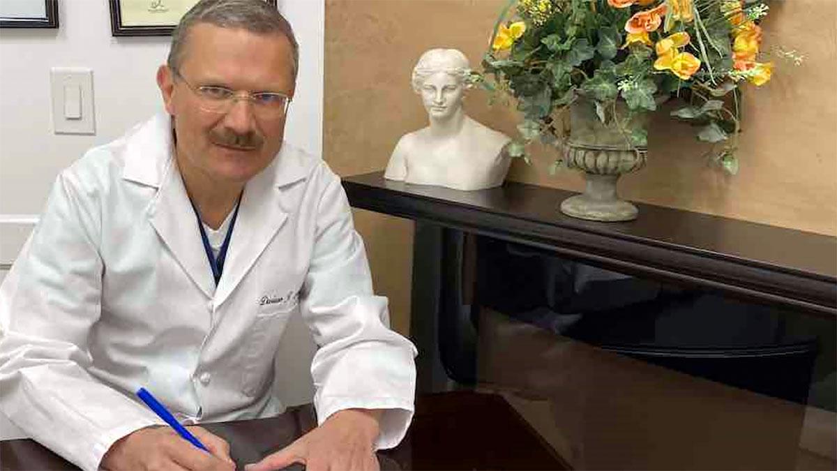 Jak żyć z koronawirusem? Rozmowa z Dr Dariuszem Nasiekiem