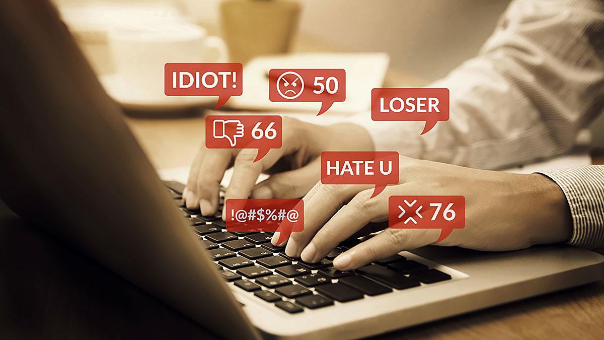 Hejt on-line wobec nauczycieli