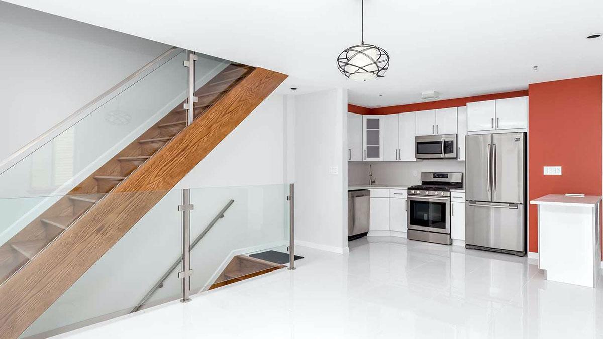 Nowy, dwurodzinny dom na Maspeth, New York, na sprzedaż