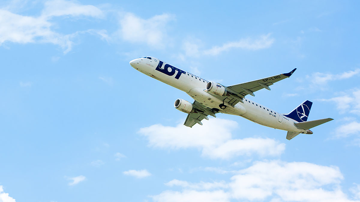 Wicepremier Sasin: Rząd musi i chce pomóc LOT Polish Airlines