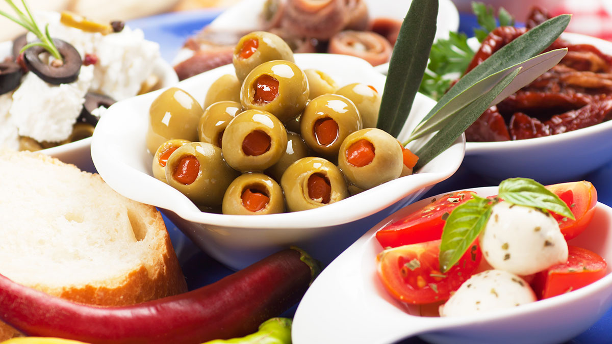 Mediterranean Diet Promotes Gut Bacteria Linked to 'Healthy Ageing' in Older People