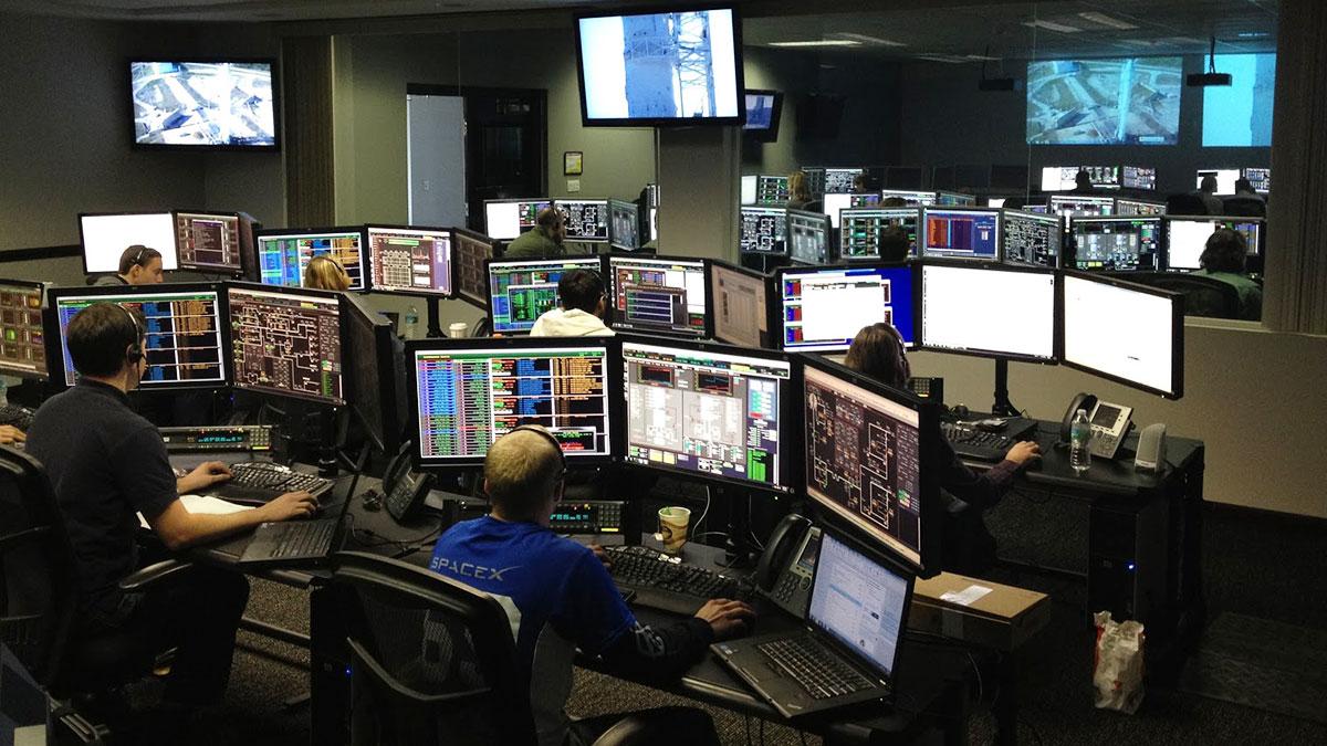 Programista - bezpieczny zawód w czasie pandemii i kryzysu gospodarczego