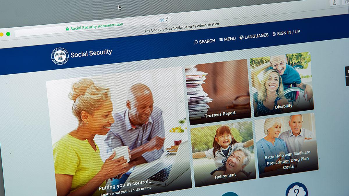 Jak dostać numer i kartę SSA, Social Security?