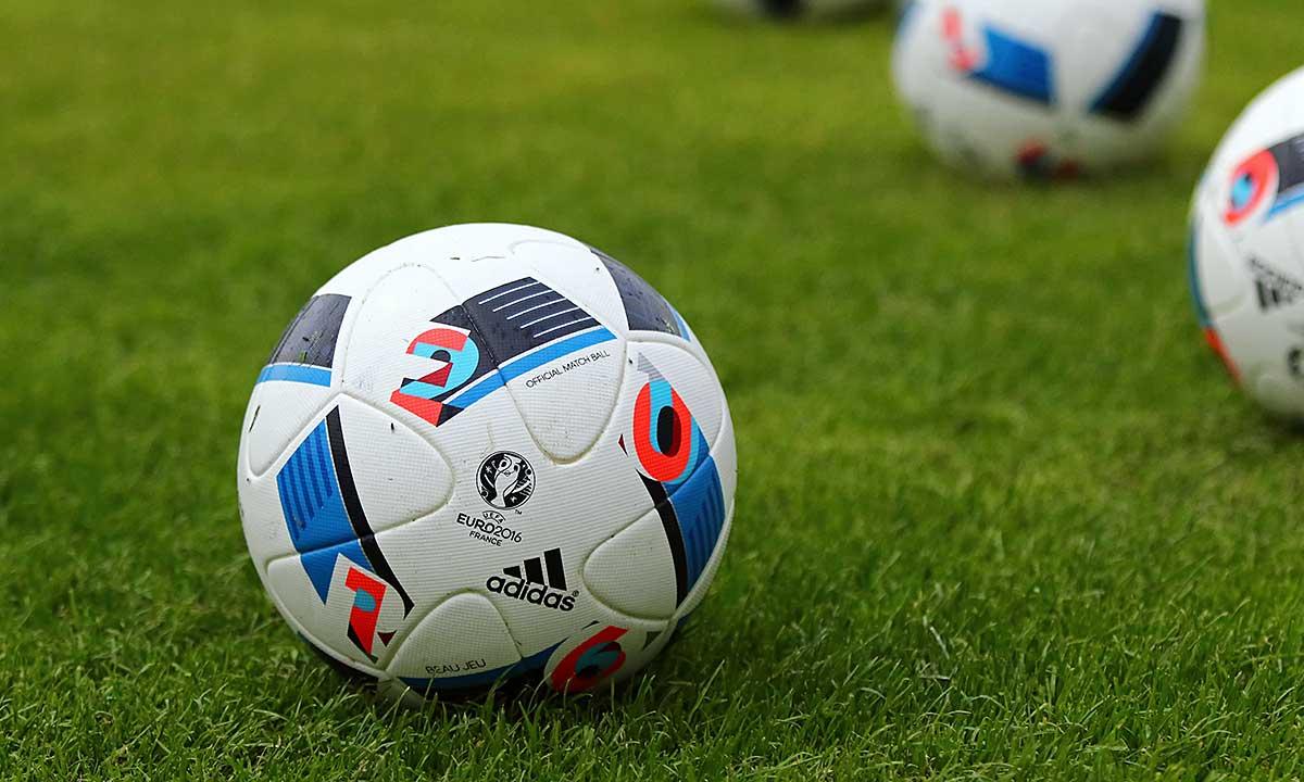 Polska częściowo otwiera stadiony piłkarskie