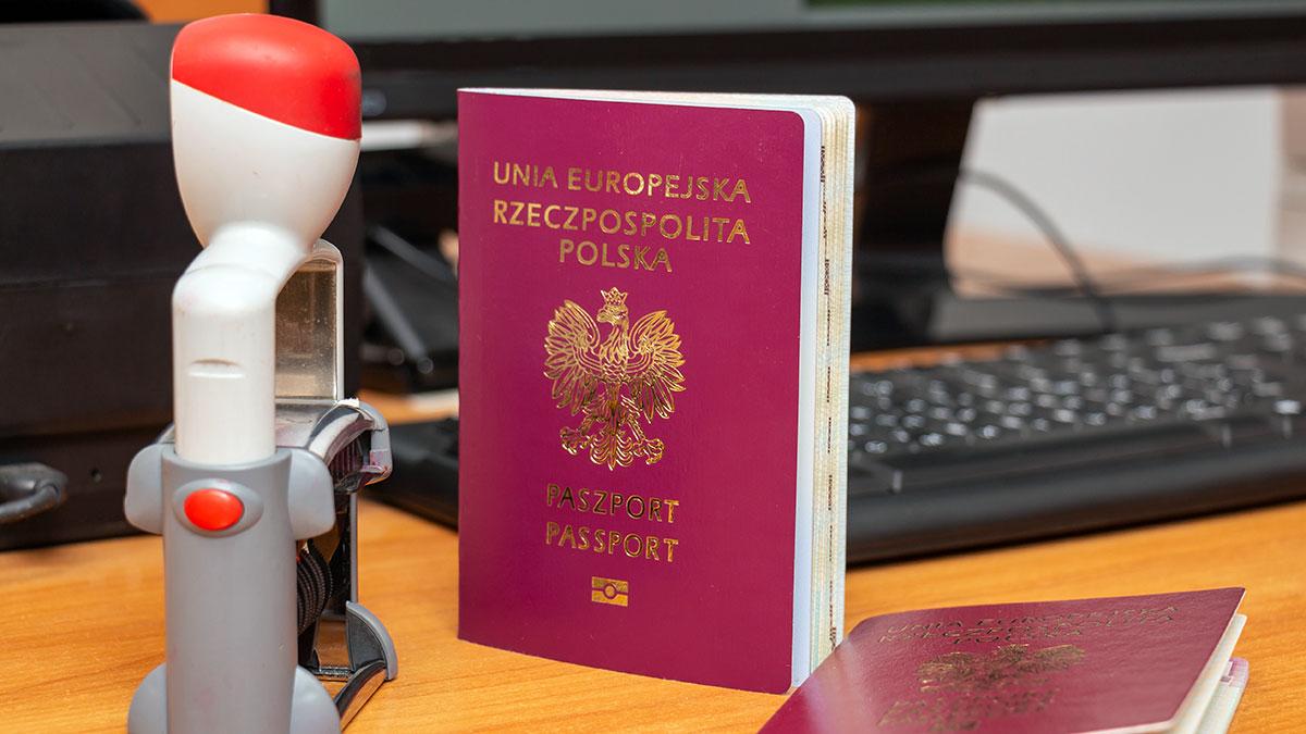 Ambasada RP w Waszyngtonie wznawia przyjęcia w sprawach paszportowych i prawnych